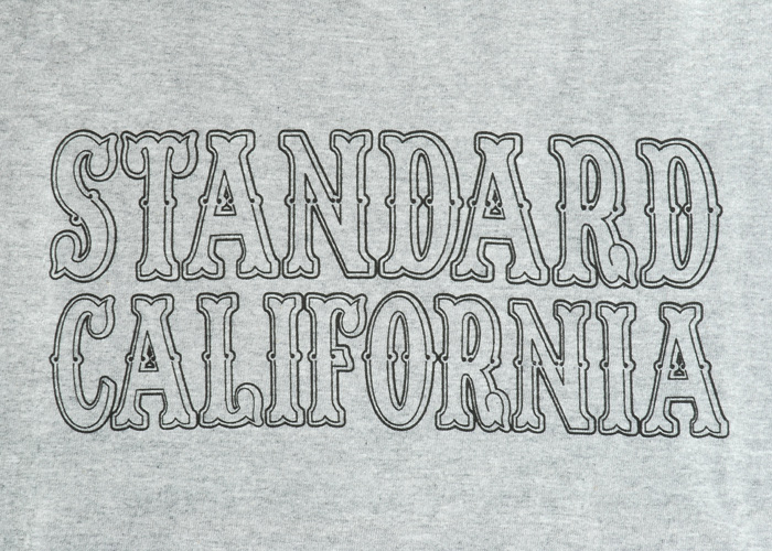 【DELIVERY】 STANDARD CALIFORNIA - Logo T-Shirt_a0076701_1412918.jpg