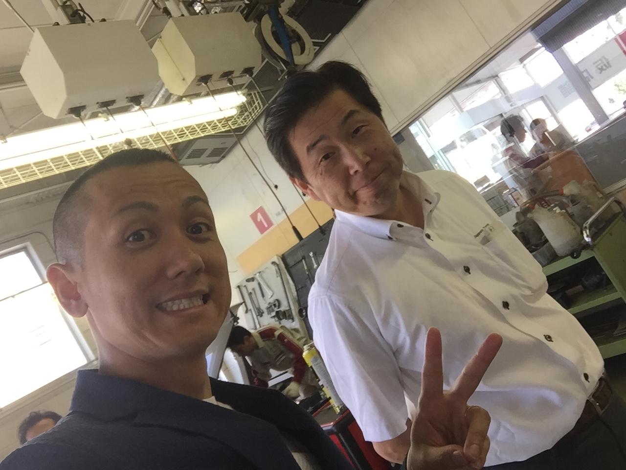 8月28日 日曜日!トミ店のニコニコブログ!!ランクル ハマーの専門店☆_b0127002_18562822.jpg