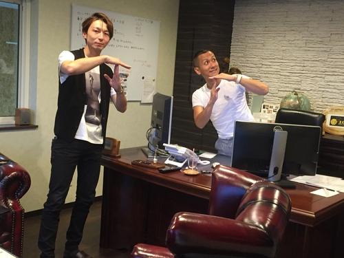 8月28日 日曜日!トミ店のニコニコブログ!!ランクル ハマーの専門店☆_b0127002_19213959.jpg