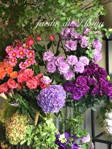 芦屋のお花屋さんアイロニーでの、ブーケレッスン•*¨*•.¸¸♬︎_a0213806_21201133.jpeg