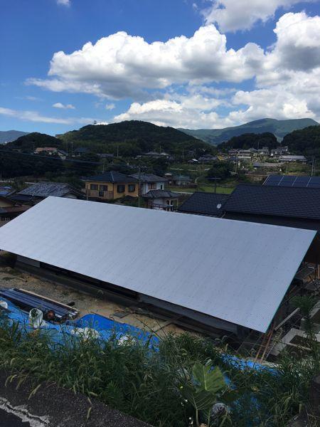 屋根がかかり、いよいよ完成が近づいてきました☆/「佐世保の平屋」。  _e0029115_15452219.jpg