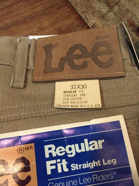 8/28(日)入荷!デッドストック Lee, Levi\'s コーデュロイ パンツ!_c0144020_13184730.jpg