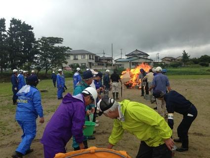 『 日和田地区防災訓練 』_f0259324_109683.jpg