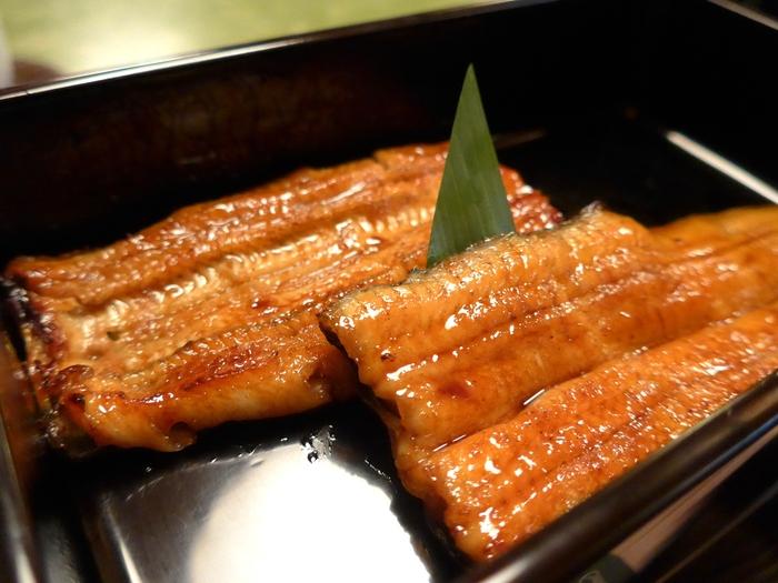 麹町「うなぎ 秋本」へ行く。_f0232060_21335863.jpg