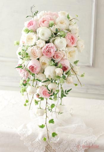 キュートでロマンティックなキャスケードブーケ * 八芳園様へお届けしました!_b0138802_21550192.jpg