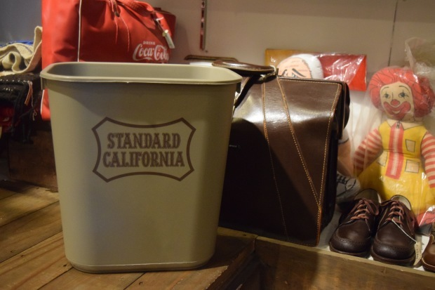 RUBBERMAID × SD Trash Box  入荷しました!_c0355834_18293667.jpg