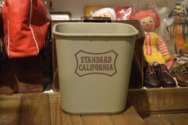 RUBBERMAID × SD Trash Box  入荷しました!_c0355834_18333477.jpg