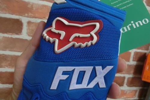 FOX MTBグローブ入荷しました_b0332867_12273908.jpg