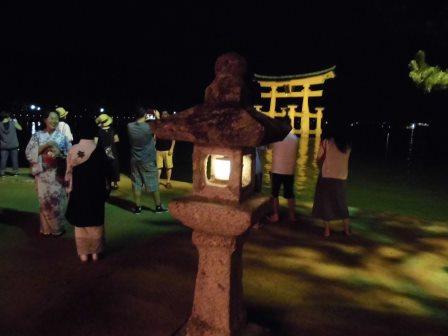 宮島踊りの夕べ_f0229523_1761052.jpg