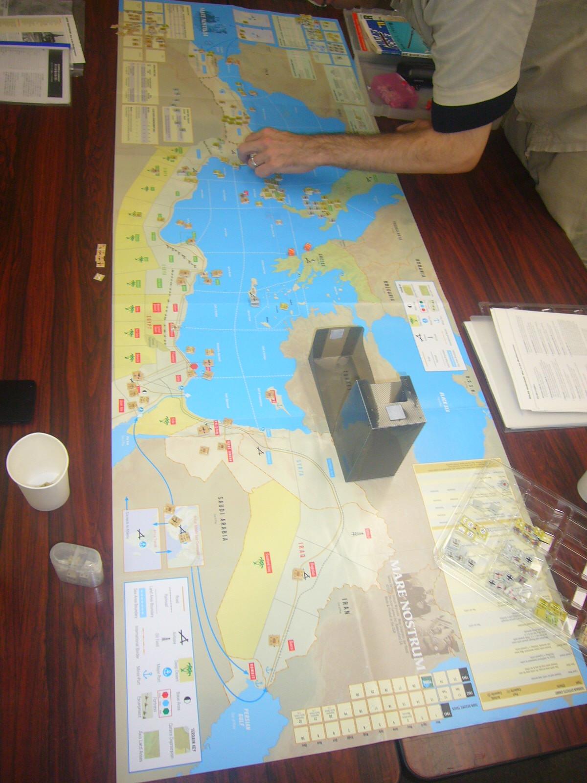 YSGA8月例会の様子その5〔これもひとつの地中海キャンペーン:(WaW誌)Mare Nostrum: War in the Mediterranean〕_b0173672_20091691.jpg
