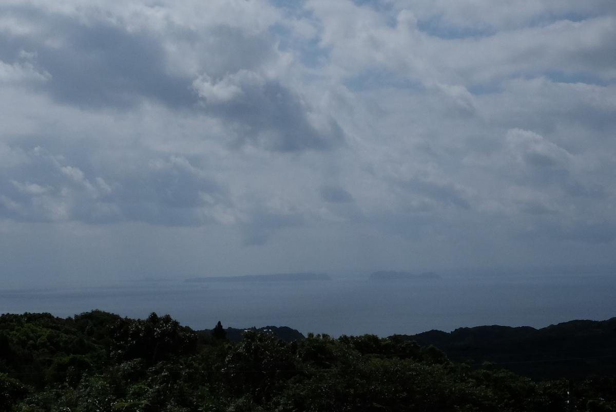 国境の島を訪ねて(27)岳ノ辻_c0013687_7244535.jpg