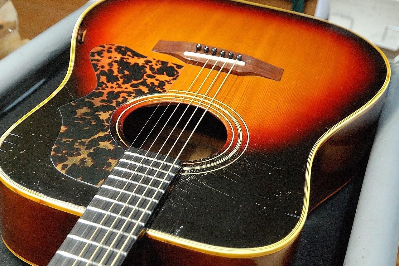 茶木ギター修理_c0330563_22431471.jpg