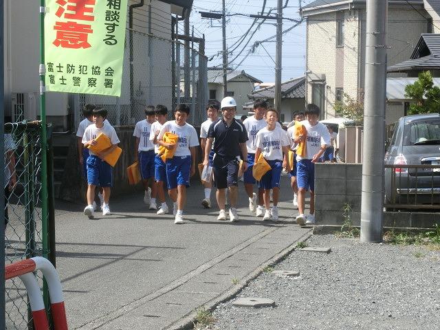 9月1日は吉原二中生の受け入れと消火栓を使った放水訓練実施_f0141310_6171247.jpg