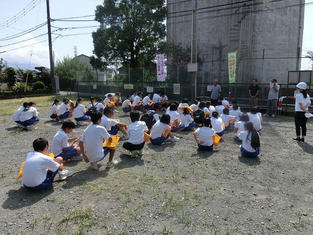 9月1日は吉原二中生の受け入れと消火栓を使った放水訓練実施_f0141310_6174634.jpg