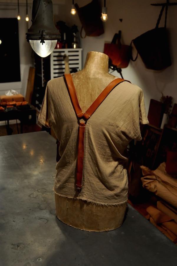 leather suspenders_b0172633_21295628.jpg
