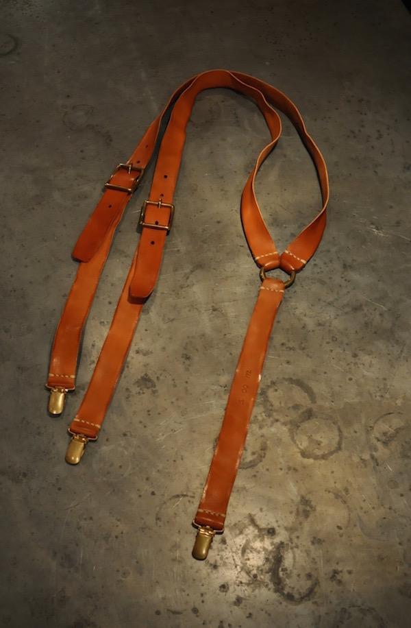 leather suspenders_b0172633_2130469.jpg