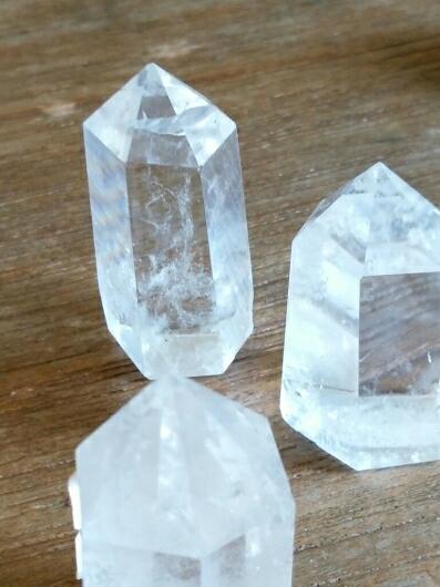 水晶六角柱と原石についてお知らせ_f0255704_01514486.jpg