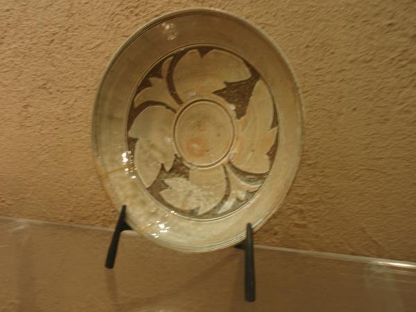 鉄の皿立て_b0132442_17121623.jpg