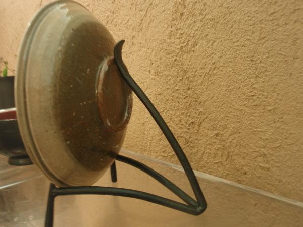 鉄の皿立て_b0132442_17122515.jpg