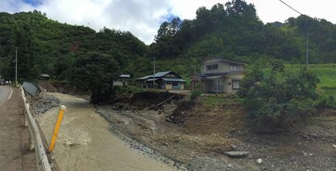 岩泉町中心部から寸断された小川地区周辺〜盛岡からの後方支援を〜_b0199244_4291031.jpg
