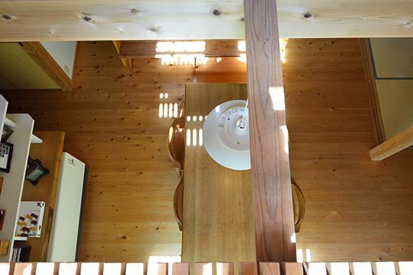 築7年目の木の家見学会 「通り庭に薪ストーブのある家」_e0164563_15034575.jpg