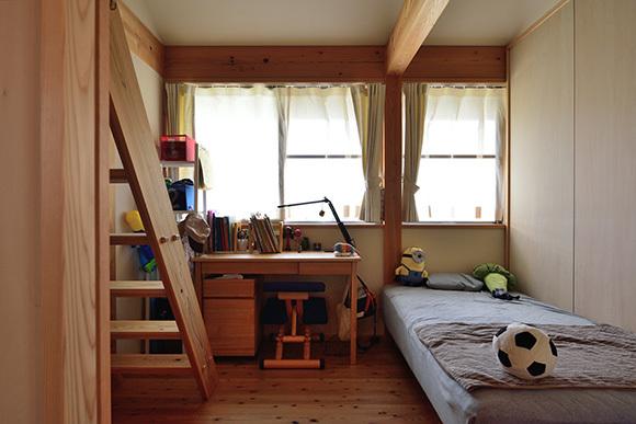築7年目の木の家見学会 「通り庭に薪ストーブのある家」_e0164563_15034585.jpg