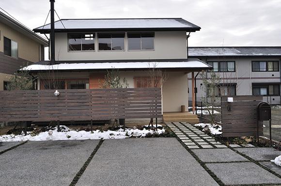 築7年目の木の家見学会 「通り庭に薪ストーブのある家」_e0164563_15054464.jpg