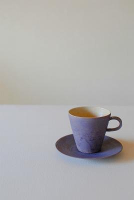 ラベンダー色のカップ&ソーサー_a0230872_00050907.jpg