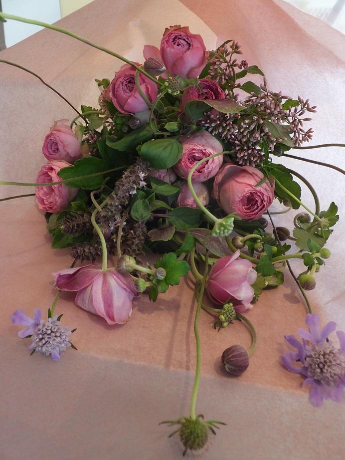 オークリーフ花の教室(落合さんの作品)_f0049672_17153793.jpg