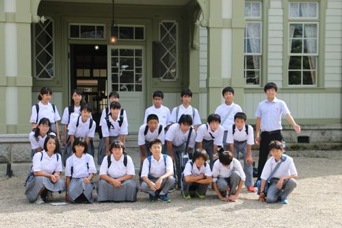 米沢市立第五中学校1年生69人が重文本館を見学・2|一般社団法人 ...