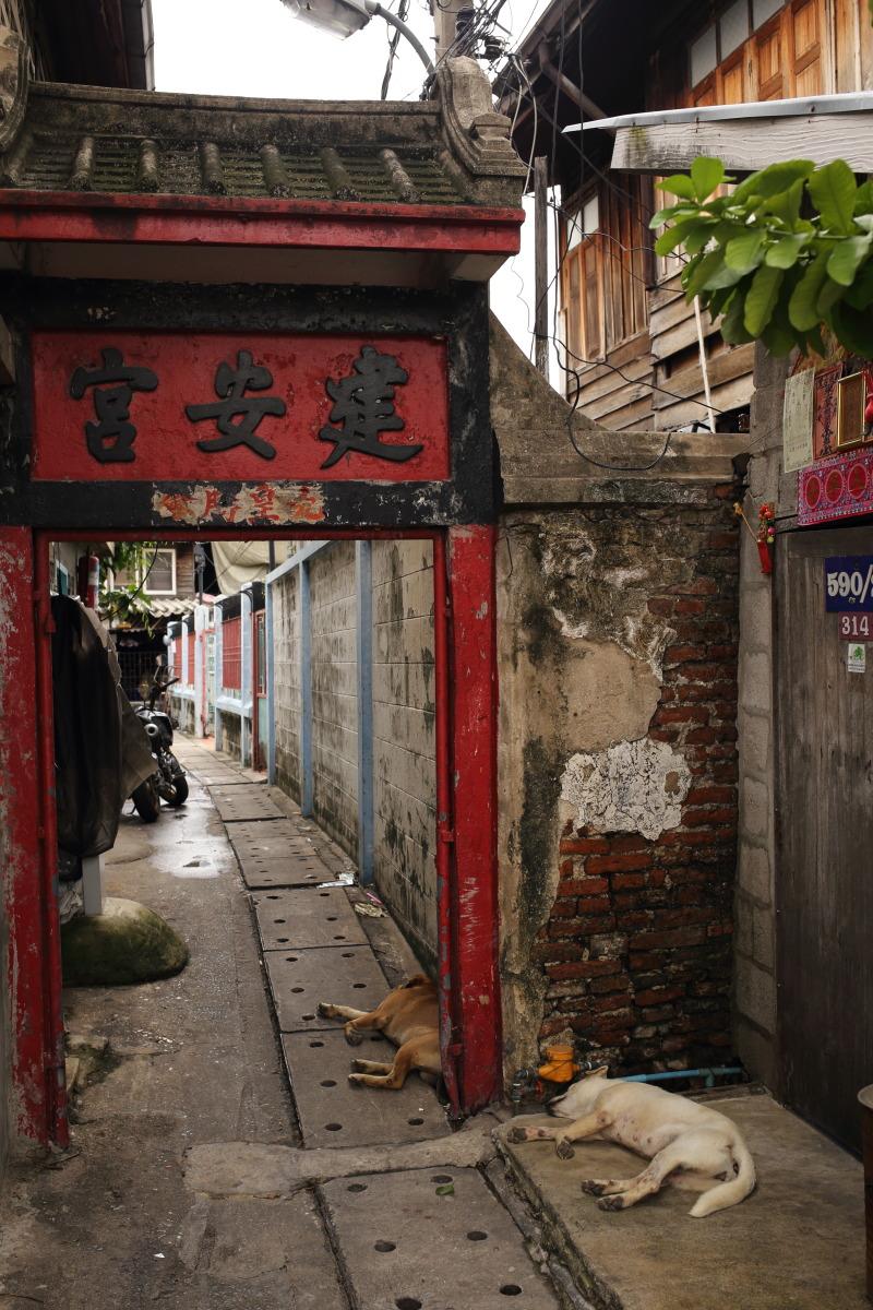 バンコク  建安宮、トンブリーに残る初期中国移民の足跡_b0061717_2218055.jpg