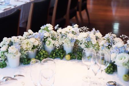 夏の装花 ブラッスリー ポール・ボキューズ銀座様へ  台風の日に_a0042928_141454.jpg