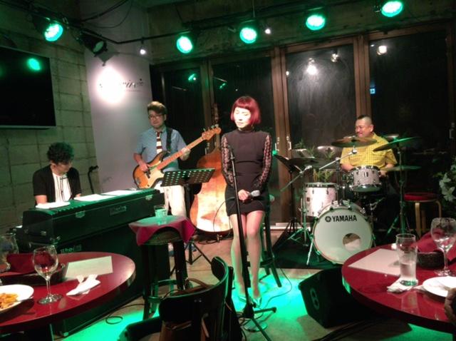 東京は麹町フィオリーレで!_b0199930_1993291.jpg