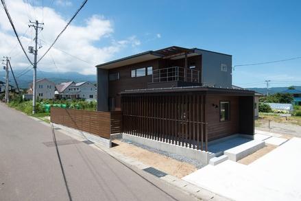 『さくらの家』竣工写真が出来上がりました_e0197748_10424755.jpg