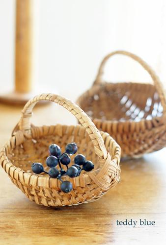antique berry baskets  アンティークベリーバスケット_e0253364_11332758.jpg