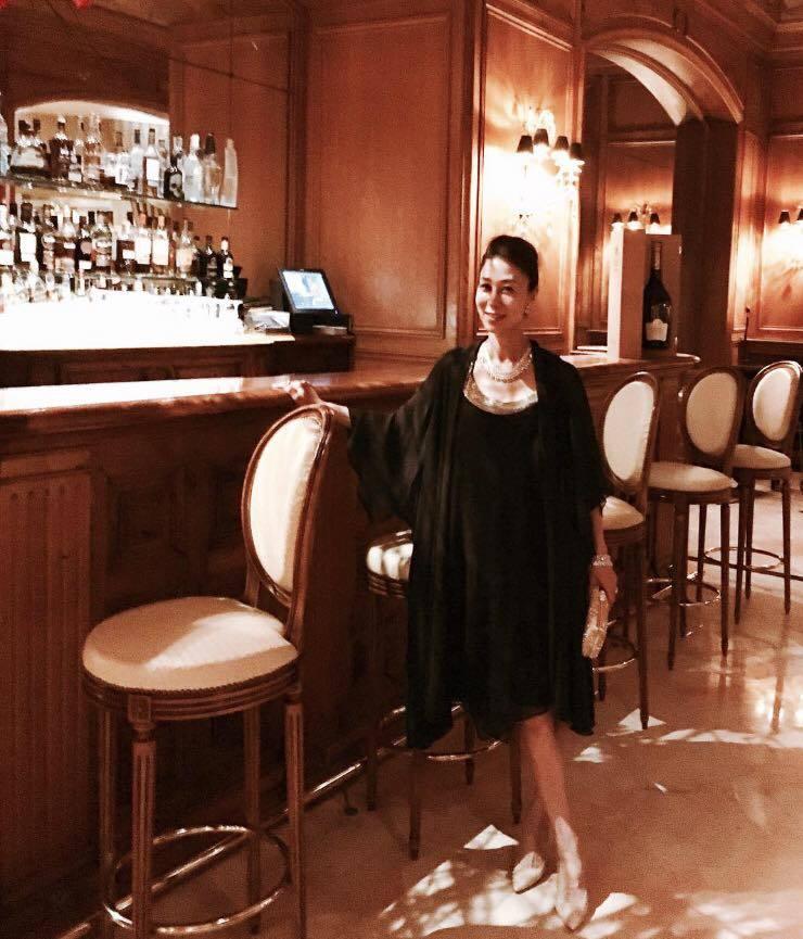 南仏の旅2016~ミシュラン2つ星☆☆「ラ レゼルヴ」で最高のサンセットディナー_a0138976_16400612.jpg