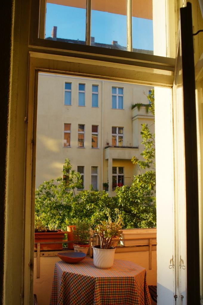 涼しいけどまだ夏!のベルリン、素晴らしい!_c0180686_16224113.jpg