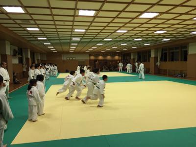 東福岡柔道教室の皆さんお世話になります☆_b0172494_20193856.jpg