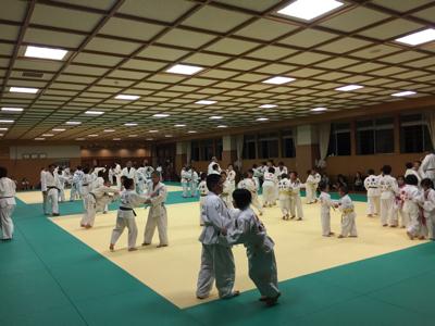 東福岡柔道教室の皆さんお世話になります☆_b0172494_23114949.jpg