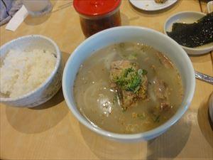 鶴橋で冷麺_f0034816_2336074.jpg