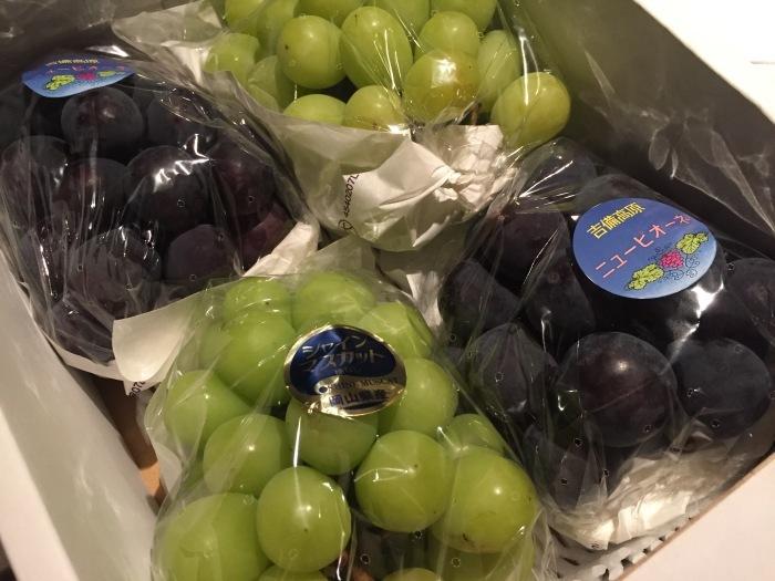 岡山から葡萄が届きました_f0186927_20073226.jpeg