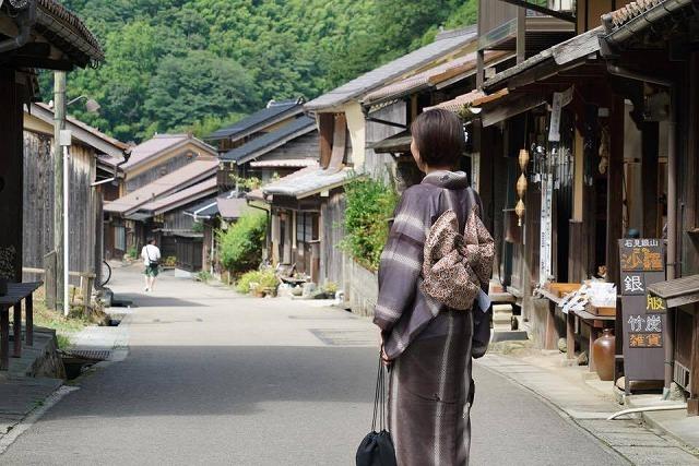 大人も楽しい!世界遺産の町を着物でぶらり【石見銀山の宿ゆずりは】_b0141240_20485724.jpg