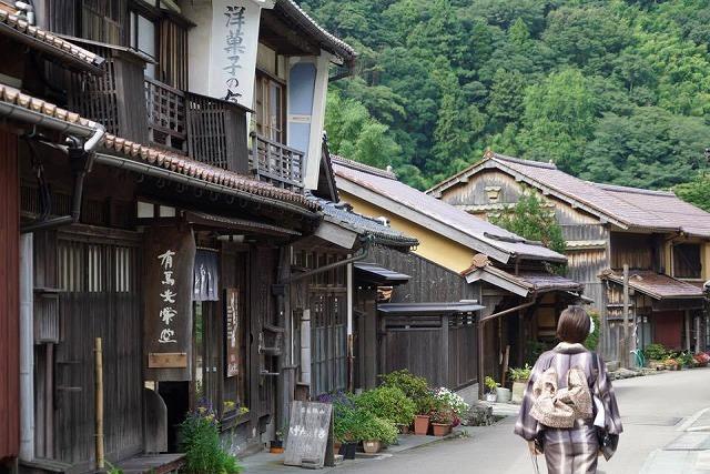 大人も楽しい!世界遺産の町を着物でぶらり【石見銀山の宿ゆずりは】_b0141240_21425011.jpg