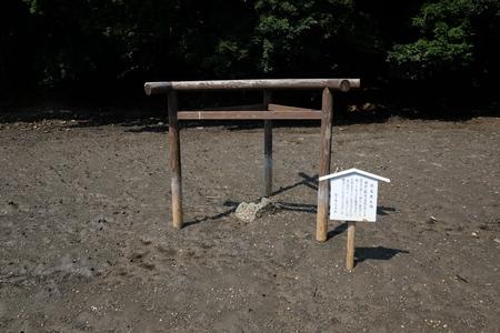 国境の島を訪ねて(11)神秘の和多都美神社_c0013687_22182147.jpg