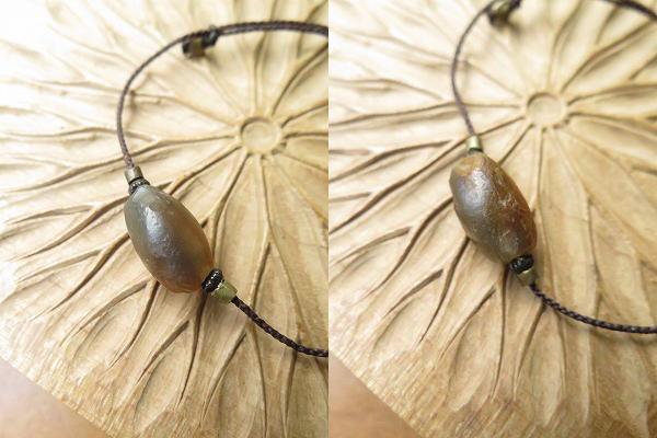 オリーブ色の古代瑪瑙をブレスレットに_b0249499_19243210.jpg