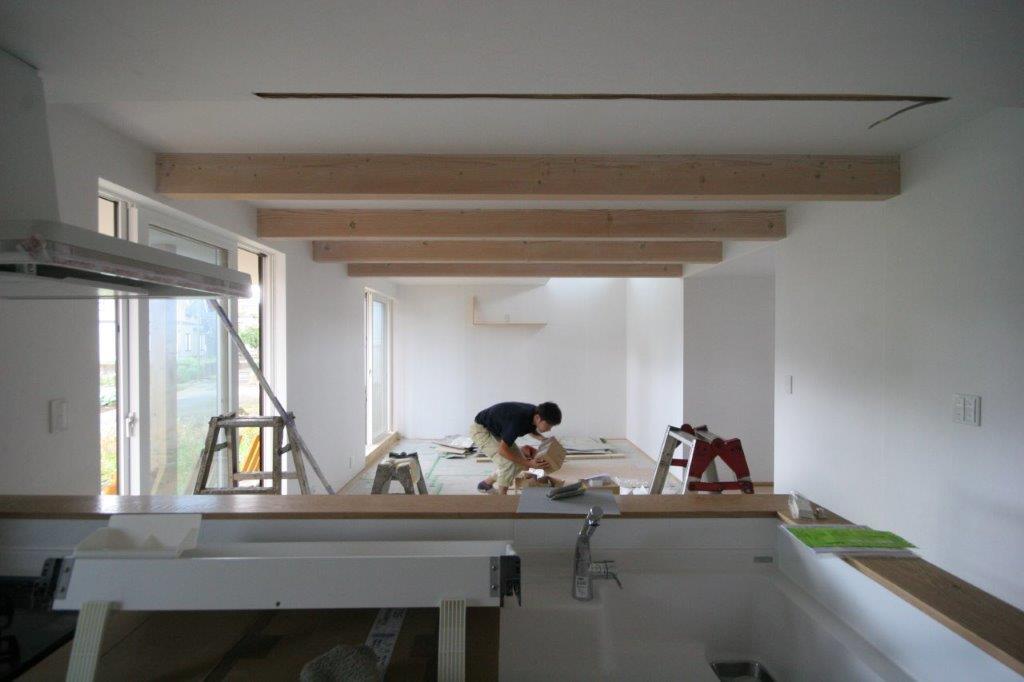 空間の調和と梁塗装_b0349892_21584627.jpg