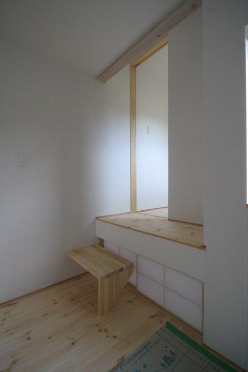 空間の調和と梁塗装_b0349892_21585044.jpg