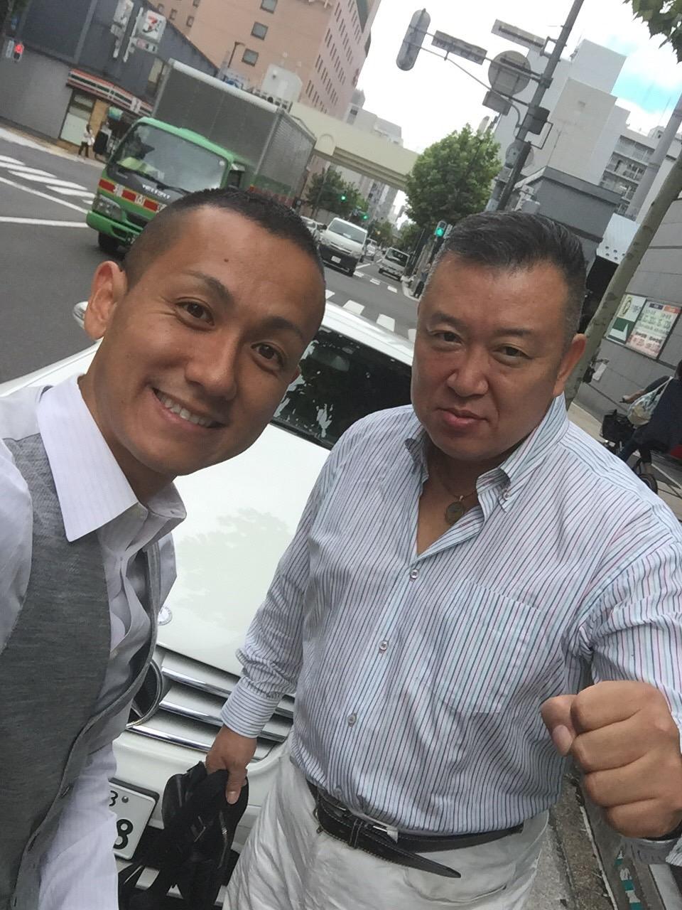 マサブロヽ(^o^)丿本日納車2台!ランクル、ハマー、アルファード_b0127002_2020637.jpg