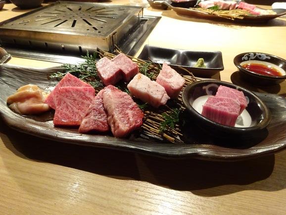 牛の蔵で焼肉ランチ_e0230011_1529206.jpg