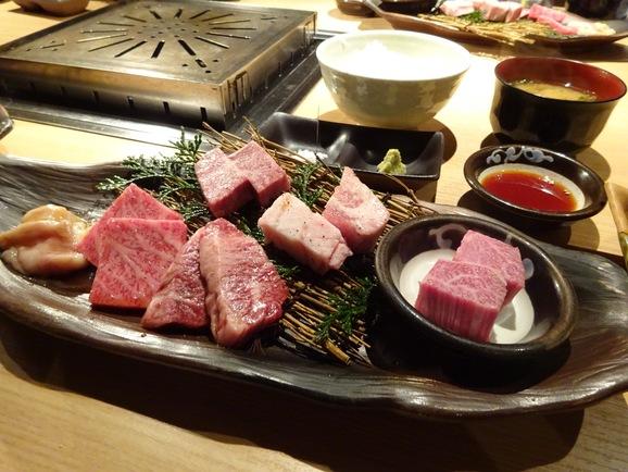牛の蔵で焼肉ランチ_e0230011_15294178.jpg
